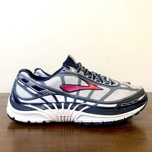 Brooks DYAD 8 Running shoes
